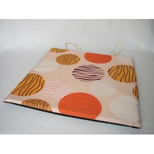 Sedák na židli motiv oranžové kruhy