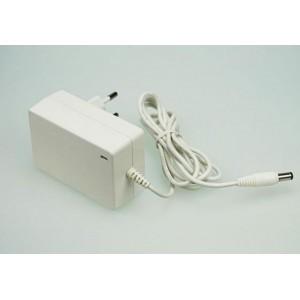Stabilizovaný síťový zdroj 24W 2A 12V DC 2,1/5,5mm, bílý
